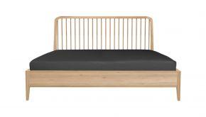 Eik Spindle Bed 190x210x97cm